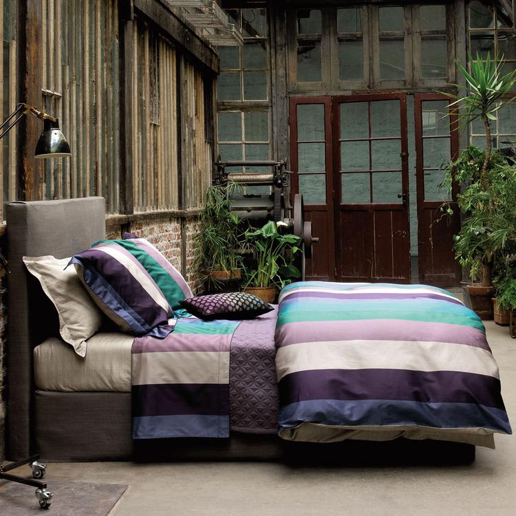 arch 39 images linge de lit pour chambre sur son 31. Black Bedroom Furniture Sets. Home Design Ideas