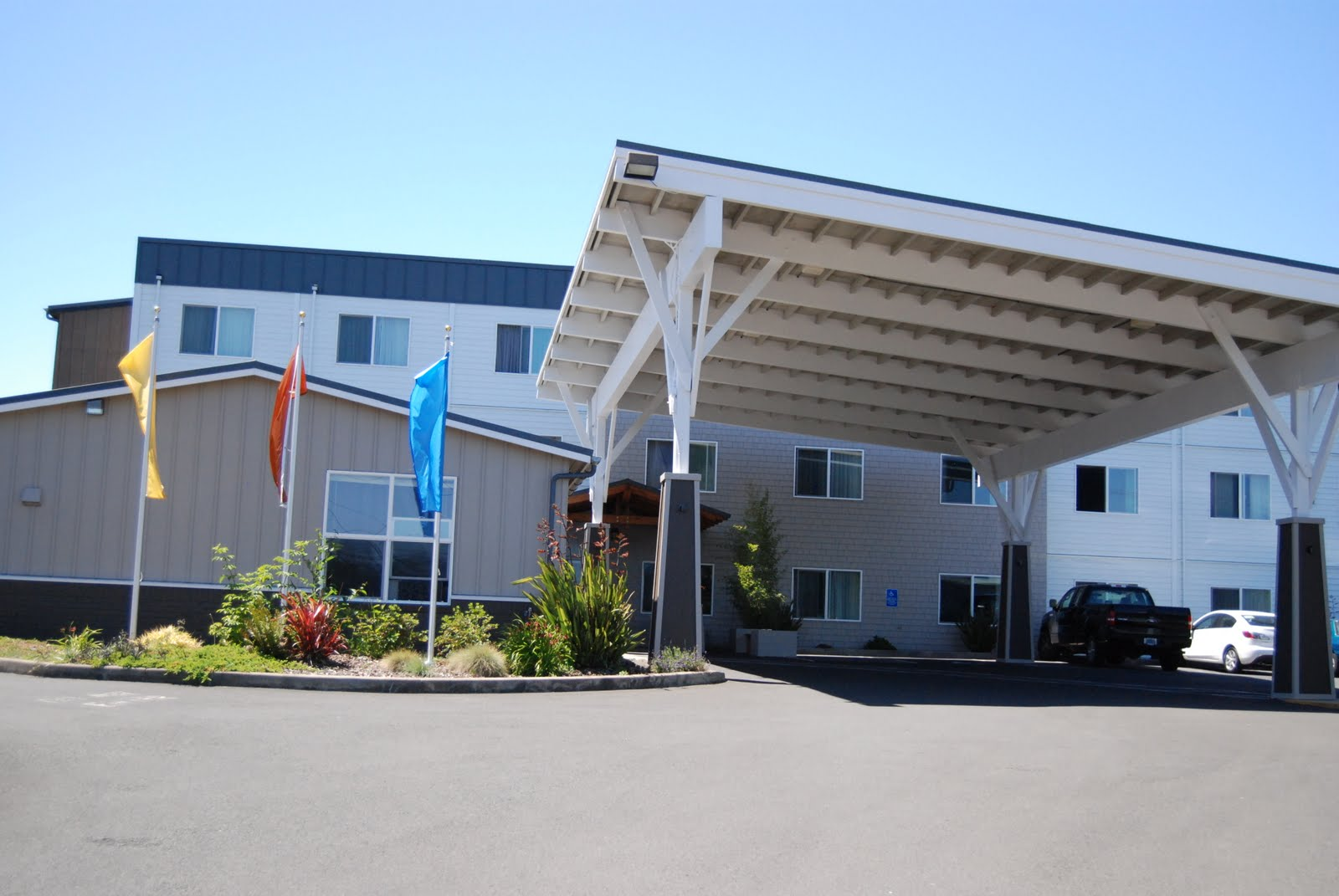 hotels information best hotel sands suites city in plus oceanfront image coast featured western z oregon north lincoln