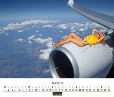 air comet calendar girl