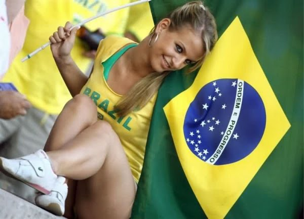 Eliminatorias Brasil 2014 2010-world-cup-babes-33