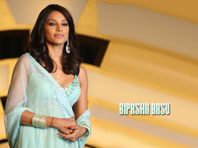 bipasha basu wallpaper. BIpasa basu wallpapers hot