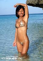 Myra Used Bandeau Bikini in the Philippines photos gallery