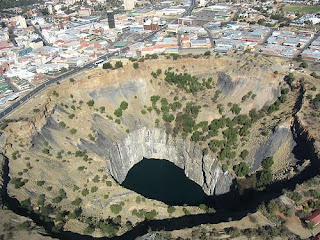 Big hole kimberley Mine - South Africa image photo pic gallery