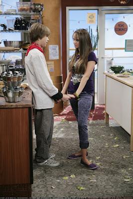 The Suite Life on Deck Season 2 Transcripts 2x04 , Kitchen
