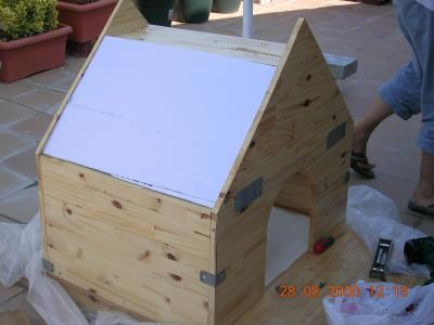 Muebles gratis con palets casa para el perro - Casa de perro con palets ...