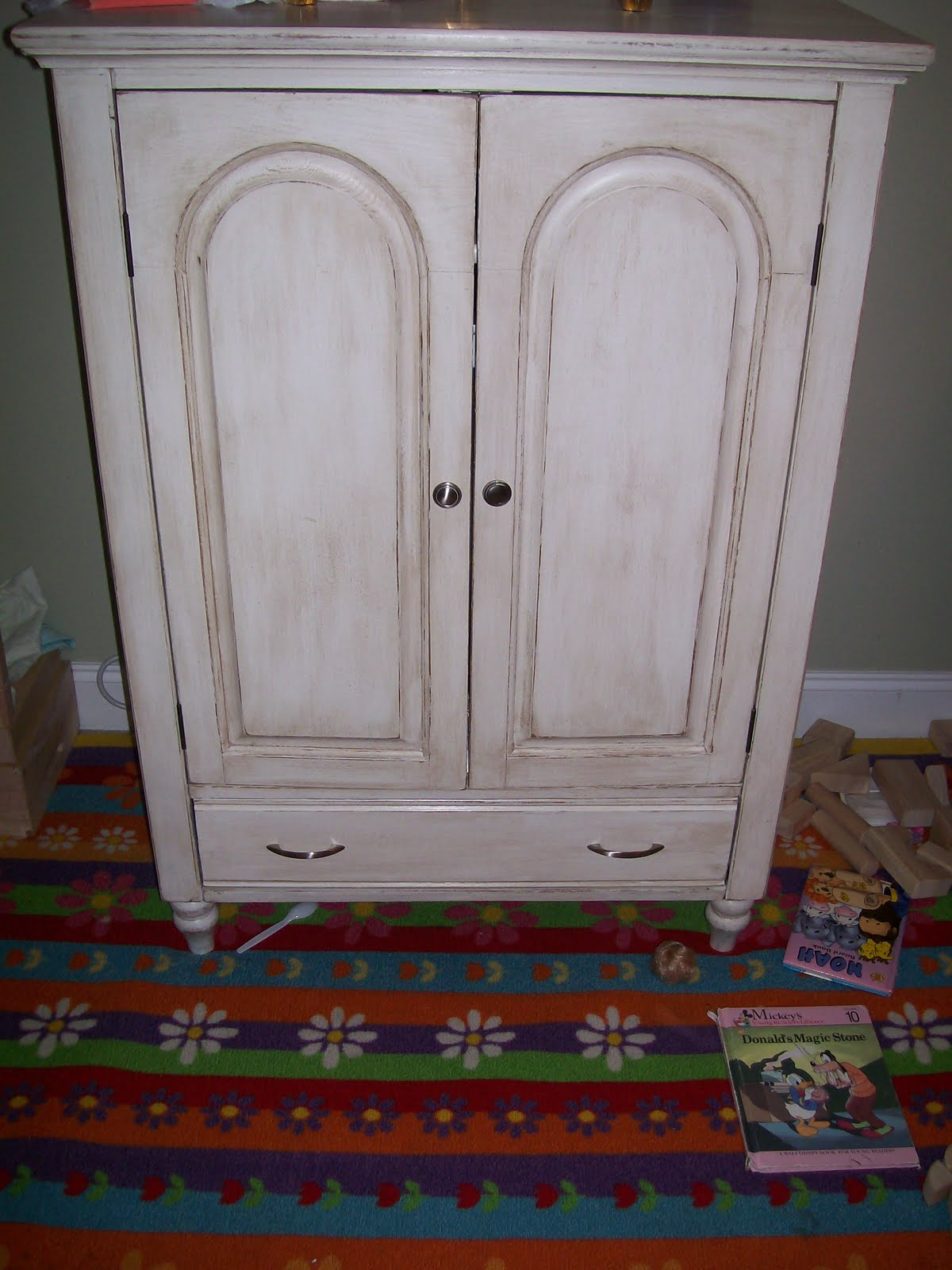 the shabby sisterhood two girls talk and craft armoire. Black Bedroom Furniture Sets. Home Design Ideas