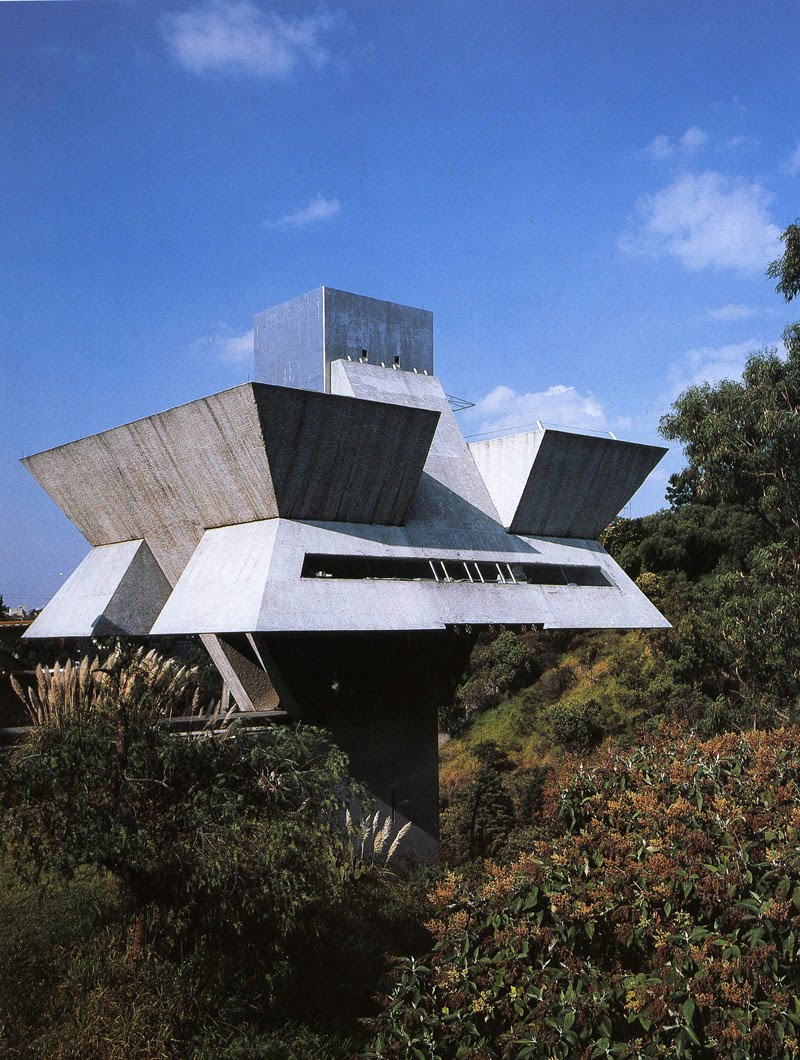 Mi moleskine arquitect nico la obra de agust n hern ndez for Arquitectos y sus obras