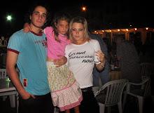 Lu, Miki y Laura Año Nuevo 04 CNSI