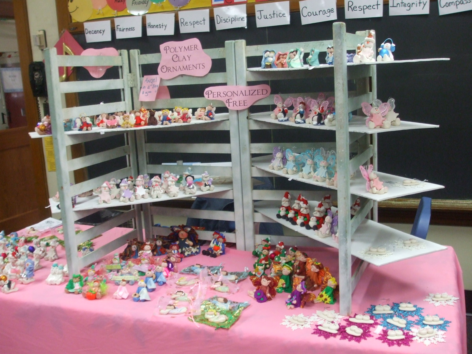 crafts fair crafts display booths ideas clay baby. Black Bedroom Furniture Sets. Home Design Ideas