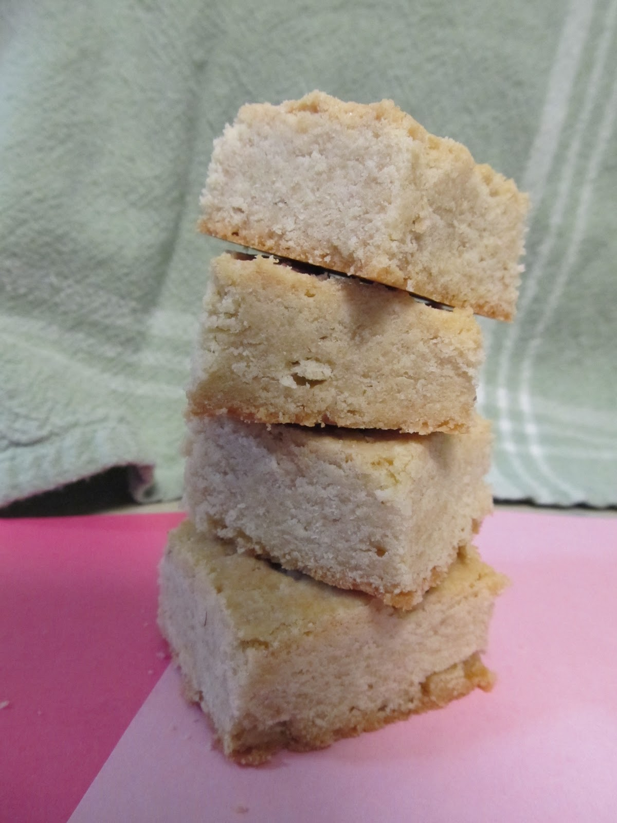 Mary Quite Contrary Bakes: Salted Lavender Honey Shortbread
