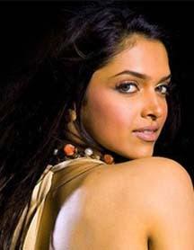10 Artis Bollywood Tercantik | Foto Artis India Seksi