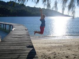 Tanya hüpft durch Indonesien...