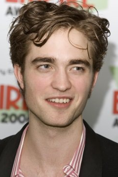 Feliz Aniversário, Robert Pattinson!