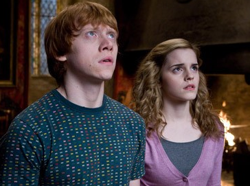 David Yates fala sobre beijo de Rony e Hermione em 'Harry Potter e as Relíquias da Morte'