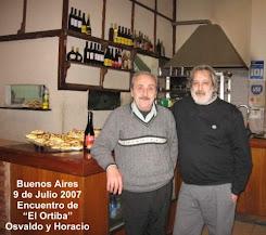 """A la derecha Horacio Sacco, editor responsable de """"El Ortiba"""""""