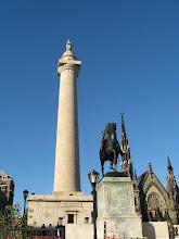 Le Monument à Washington et statue de Lafayette