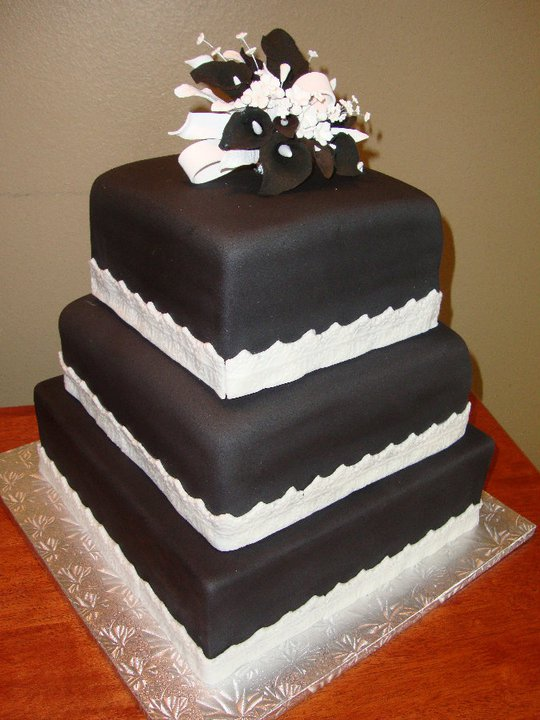 Black+Wedding+Cake.jpg