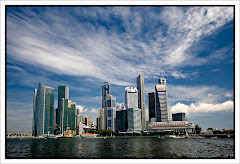 Hong Kong by Agung Krispimandoyo