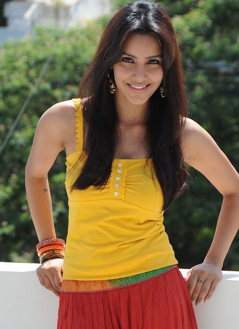 priya anand hot pics