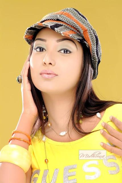 actress midhuna
