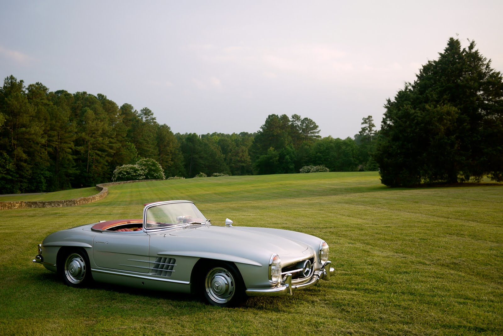 Summertime rolls 1960 mercedes benz 300 sl for 1960 mercedes benz