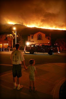 Photo of Topanga Fire by Carlos Chavez, courtesy of Los Angeles Times. Click to learn more... 