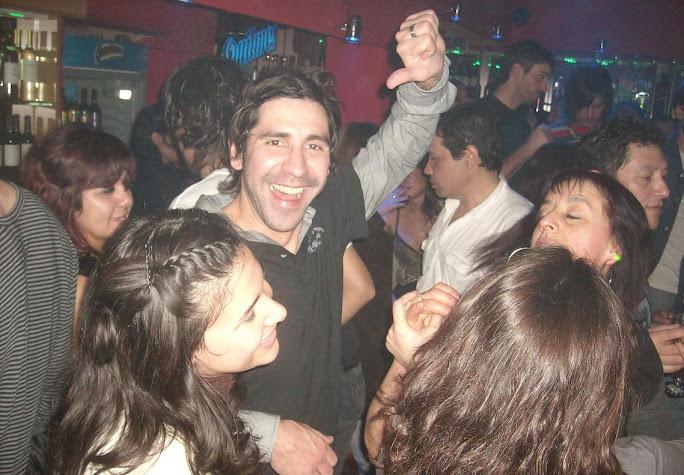 Siga el baile, siga el baile ♪