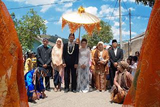 Naskah Upacara Adat Perkawinan Sunda