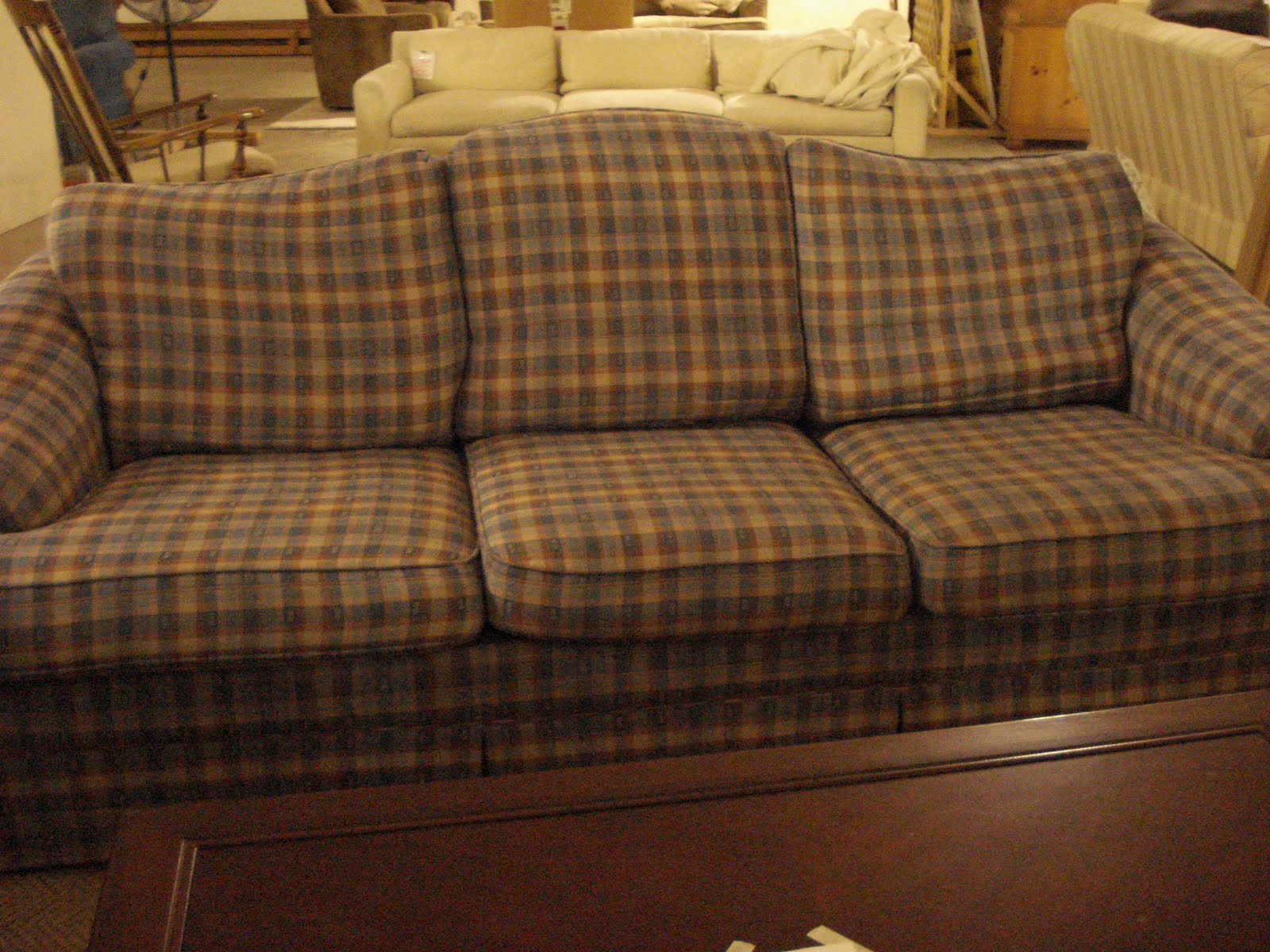 country plaid sofas plaid living room furniture. Black Bedroom Furniture Sets. Home Design Ideas