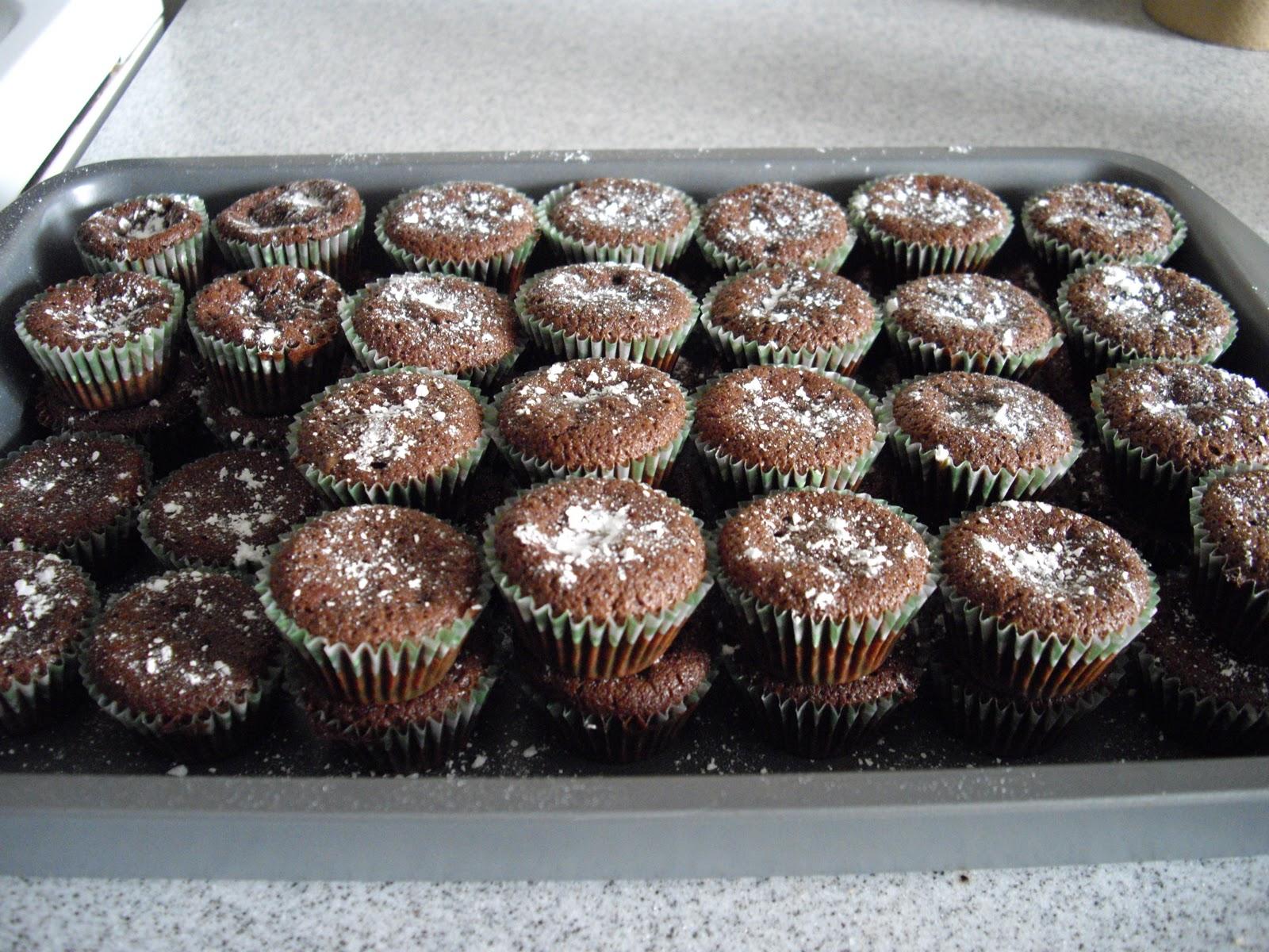 Flourless Chocolate Mini Cupcakes | cooking ala mel