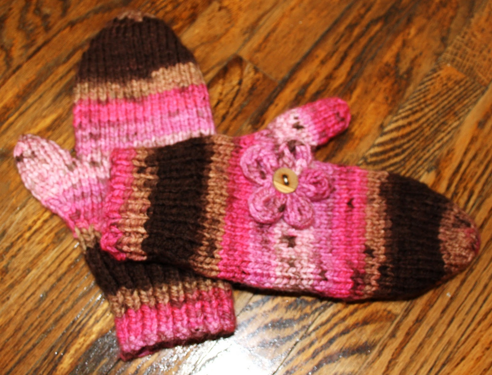 Free Knitting Patterns For Chunky Wool Mittens : Hipknitized : Free Pattern: Chunky Knit Mittens