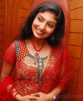 south india mallu actress monica saree latest sexy image gallery