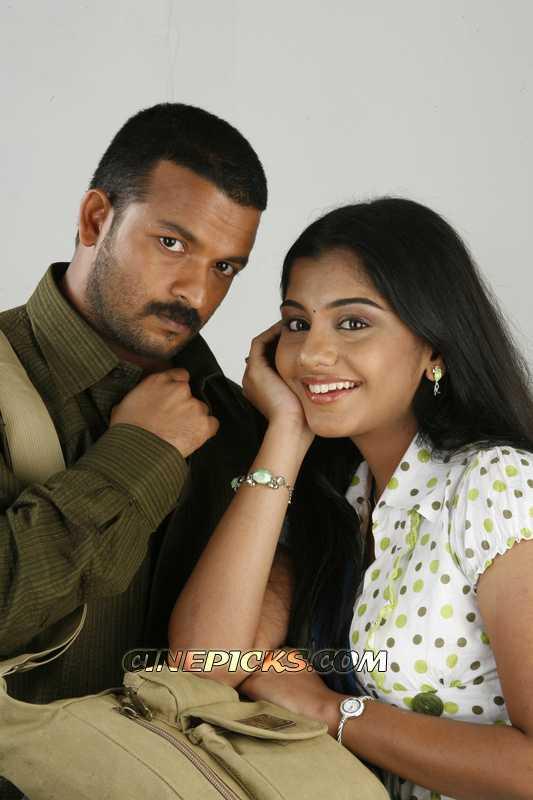 Malayalam Movie Actor Jayasurya with mallu actress meera nandhan hot pic image gallery
