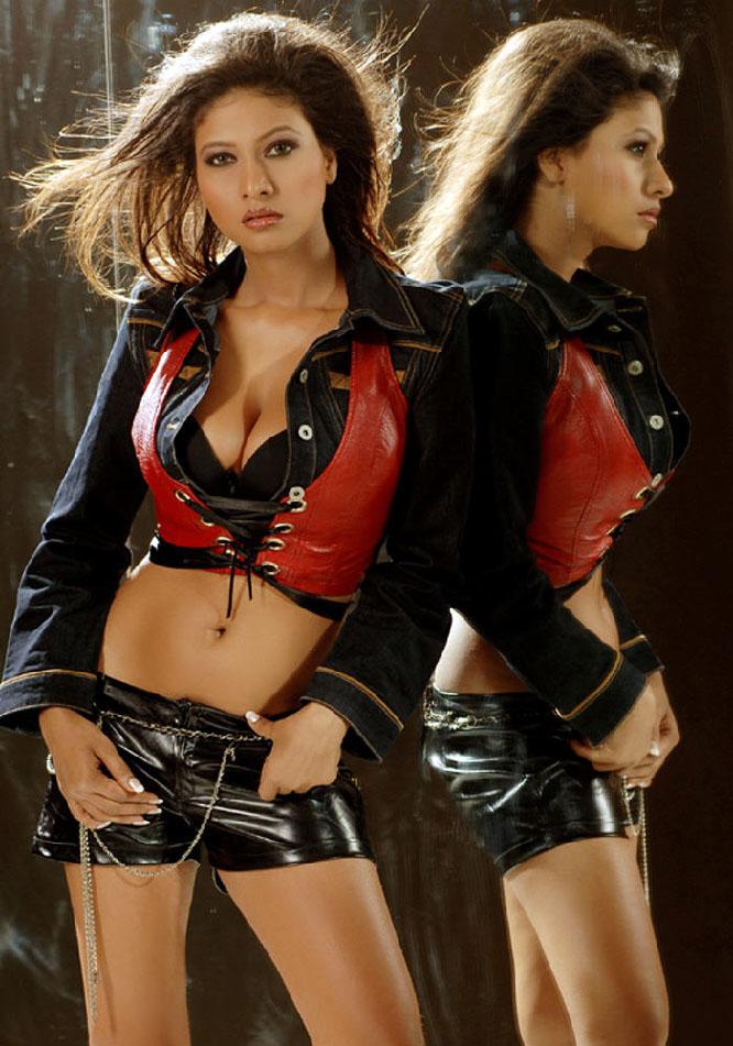 , Krishika Gupta Hot Pics