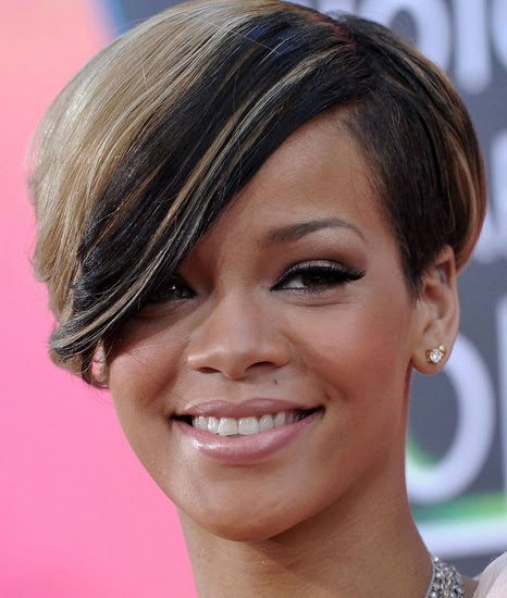 rihanna short hairstyles. 2010 Rihanna Short Hairstyle