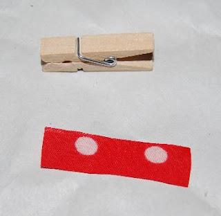 Pantyhose peg magnet