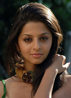 actress+vedhika