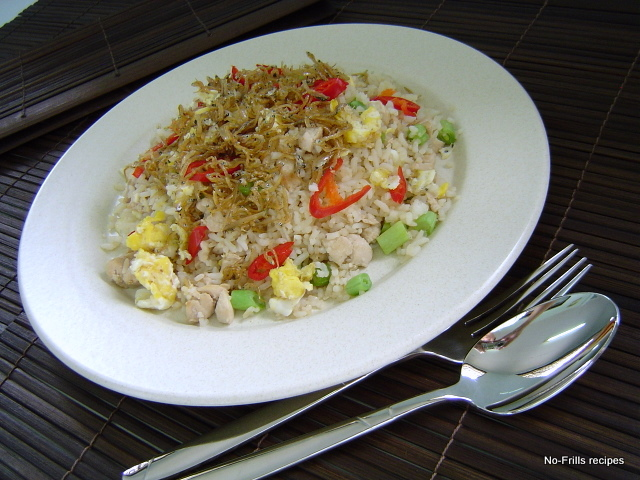 Fried rice with silver fish for Rice recipes for fish