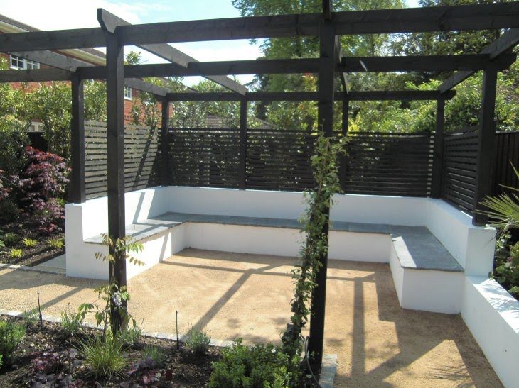 A life designing may 2010 for Garden designs seating areas