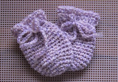 Free Crochet Patterns For Baby Mittens : Sports Weight Baby Mitts Free Crochet Pattern from the ...