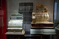 древний, старый кассовый аппарат, старинные денежные знаки, коллекция, монет, музей денег, раритетное издание