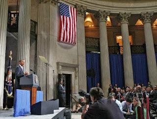 Обама выступил перед финансистами на Wall Steet