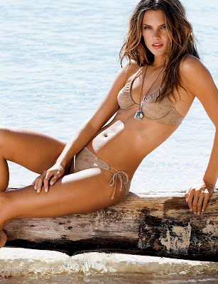 Alessandra Ambrosio In The Latest 2009 Victorias Swimsuit