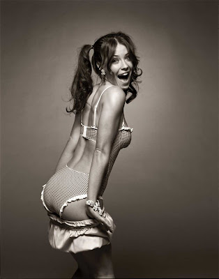 Evangeline lilly Sizzling lingerie