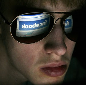 facebook problems today photo
