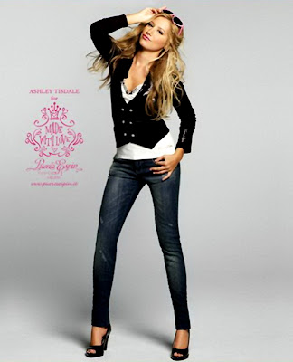 Ashley Tisdale &#8211; Puerco Espin Fall 2009 Catalog