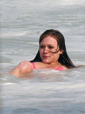 Hilary Duff Bikini Pics hots photos