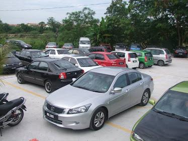Kawasan Parking Nan Luas