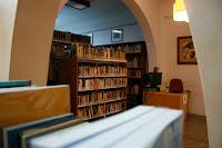 Sala de lectura de la biblioteca Santiago Rusiñol