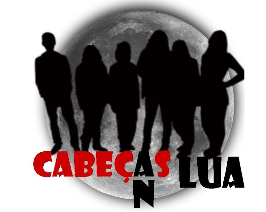 <center>Cabeças na Lua</center>